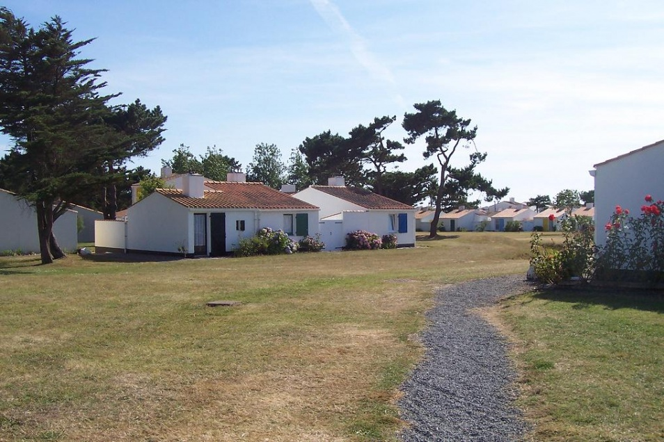 les fermes marines maison a louer location saisonniere location bretignolles annonce location. Black Bedroom Furniture Sets. Home Design Ideas